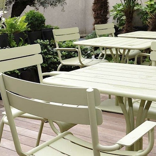 Стілець Luxembourg 4102 White Cotton (410201) - Стілець з підлокітниками Luxembourg Fermob