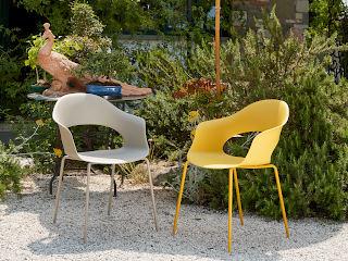Вуличні крісла для кафе