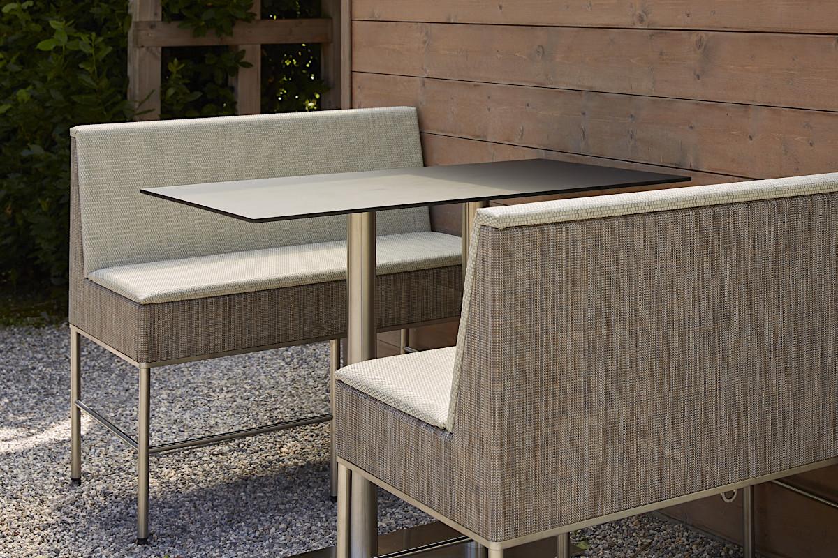Барні диванчики Sole для літніх майданчиків ресторанів та кафе від Antiga
