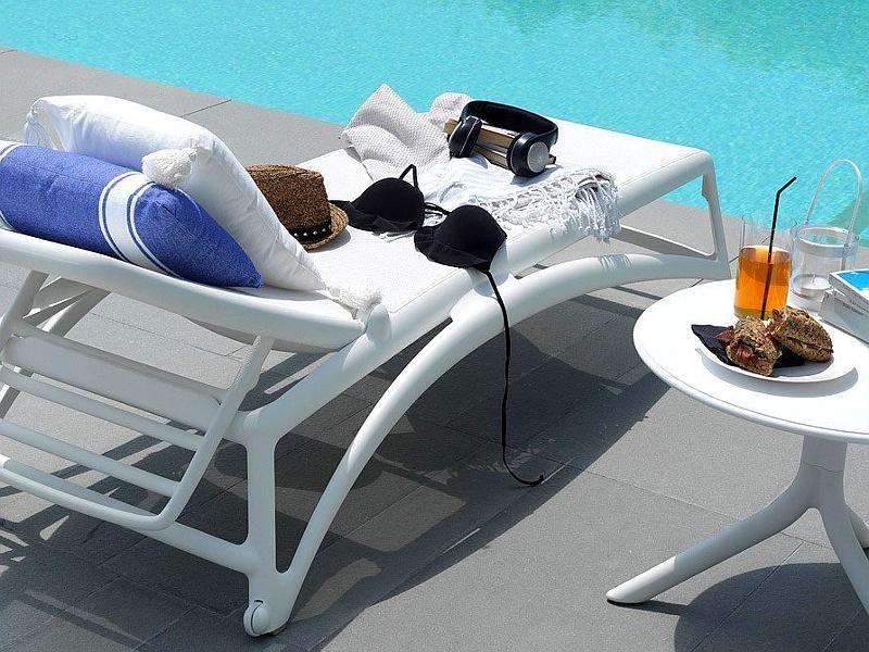 Пляжні шезлонги Atlantico Bianco • Купити італійські контрактні шезлонги Nardi