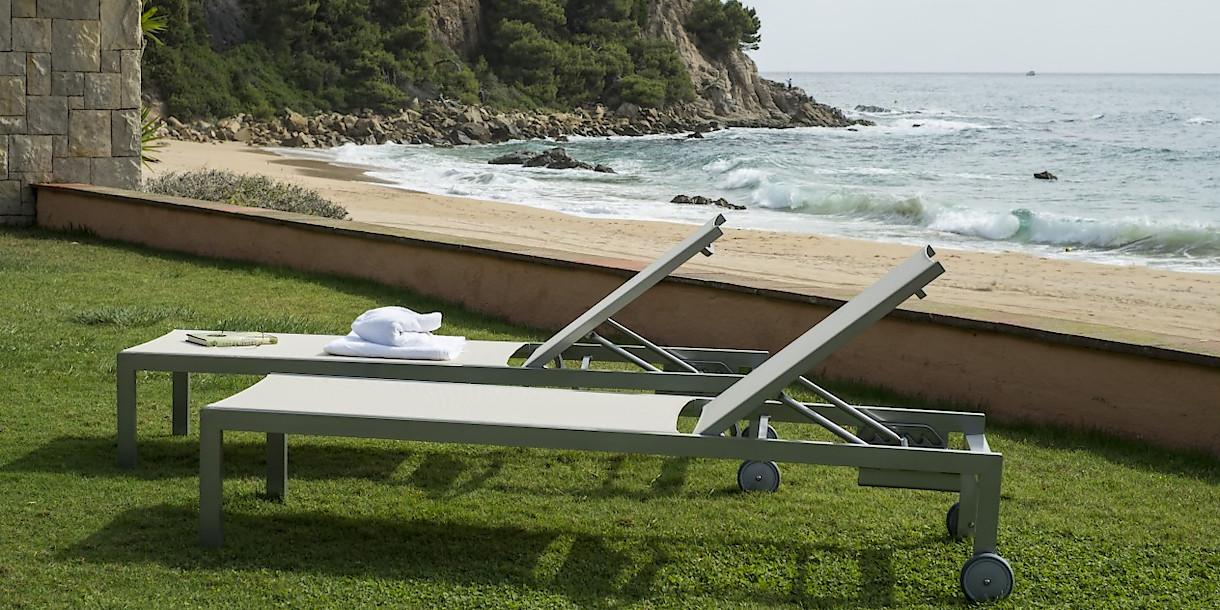 Купити пляжні шезлонги Olimpia від іспанського виробника Balliu